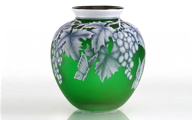 Terri Cameo Green Butterfly Vase